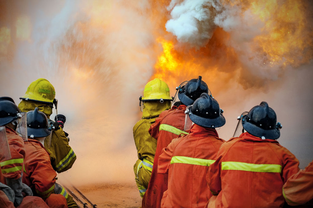 The inquiry launched by both the NFA and Seoul National University Bundang Hospital will survey up to 46,000 firefighters over the next eight days, asking tough questions about PTSD, depression, sleep and alcohol use disorder, as well as stress and suicidal thoughts. (Image: Kobiz Media)
