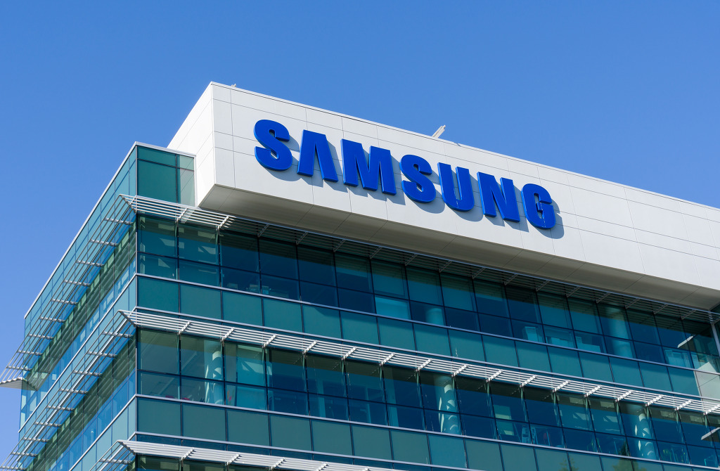 The denial comes amid local reports suggesting that Samsung Electronics is on the verge of turning back to OLED TV, which is championed by numerous TV makers, including its local archrival, LG Electronics Inc. (Image: Kobiz Media)