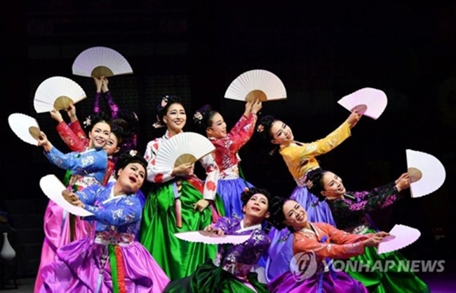 Plenty of colorful performances, entertainment and festivals have been taking place in the host city of PyeongChang and the two sub-host cities of Gangneung and Jeongseon, all in Gangwon Province. (Image: Yonhap)