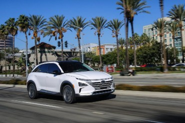 Hyundai Aims to Sell 10,000 Hydroelectric Vehicles by 2022
