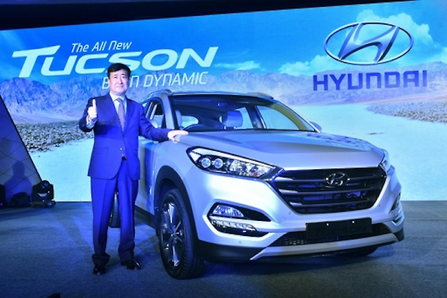 Hyundai Motor Co.'s Tucson small SUV was the carmaker's best-selling vehicle on the global market last month, outpacing the Elantra compact, data showed Monday. (Image: Hyundai Motors)
