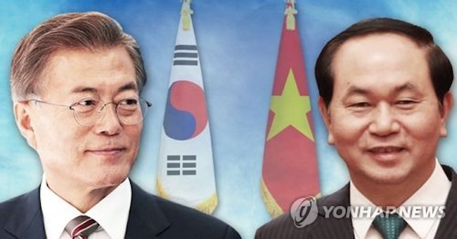 Leaders of South Korea's major business groups and economic organizations will accompany President Moon Jae-in on his visit to Vietnam and the United Arab Emirates (UAE) next week to further strengthen economic cooperation, industry sources said Friday. (Image: Yonhap)