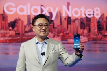 Samsung Electronics Shutters Mobile Content Offerings