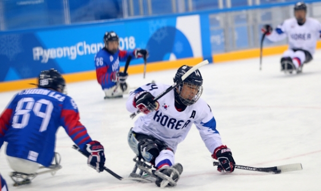 PyeongChang Paralympics Organizers Expect Sold-out Crowd for Bronze Medal Hockey Game