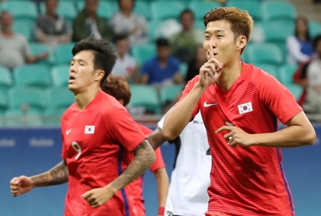 With the 2018 Asian Games left as the only option for Son, fans have taken to the internet to get behind the football player. (Image: Yonhap)