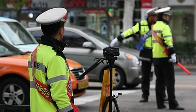 A worrying number of South Korean children are falling victim to car accidents, prompting road authorities and schools to take safety precautions. (Image: Yonhap)