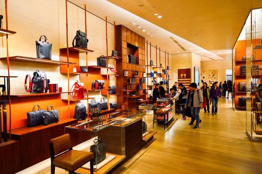 The luxury fashion brand has raised prices a total of three times within the last four months, leading to criticism that the company is announcing sudden price increases just before wedding season to exploit South Korean customers. (Image: Kobiz Media)