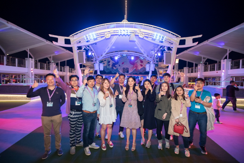 Cruise Visit @ World Dream at Kai Tak Cruise Terminal, for learning city's winning edge, MICE on Cruise as their next all-in-one meeting solution with a luxurious touch. (image: MEHK)