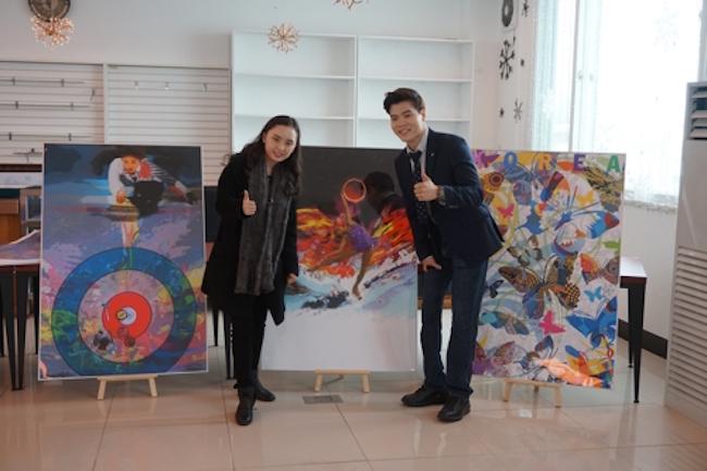 """Guitarist Kim Ji-hee and """"Robot Leg"""" Kim Se-jin (Image: Yonhap)"""