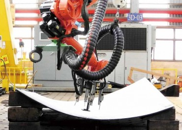 Hyundai Heavy Industries to Use Robots in Shipbuilding