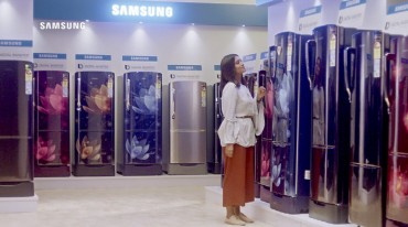 Samsung's Advert on Fridge Customized for India Popular on YouTube