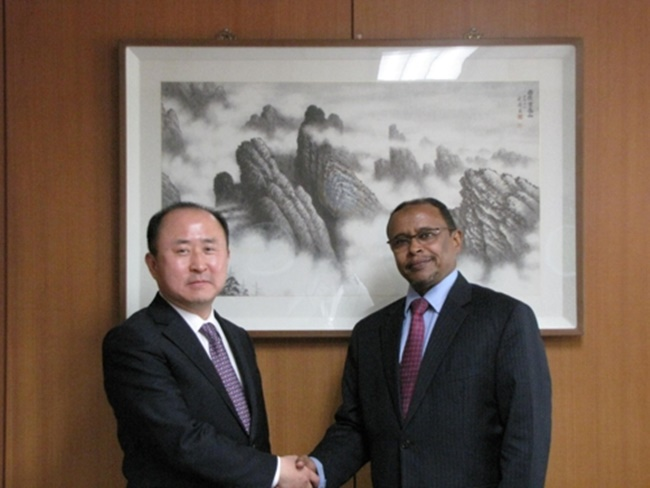 S. Korea Discusses Post-Sanctions Economic Cooperation with Sudan