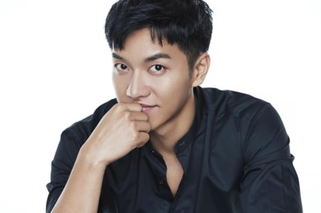 A file publicity photo of singer-actor Lee Seung-gi (Image: Mnet)