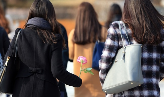 Women with Student Loans Less Likely to get Married