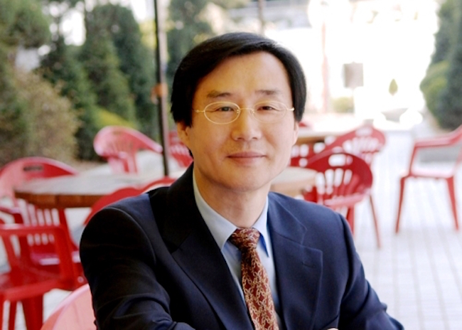 Kim Wook-dong, honorary professor at Sogang University. He is highly respected as both a scholar on English language literature and as a translator. (Image: Kim Dong-wook)