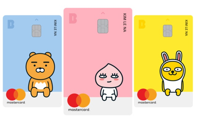 The operator of Kakao Talk began the debit card service in January to enter the offline payment business. While Kakao Corp. was already working with commercial banks and credit card firms, it decided to issue its own cards to enable offline use by more than 20 million Kakao Talk subscribers. (Image: Kakao Corp.)