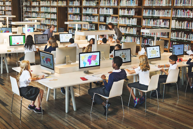 A country that takes education very seriously and also boasts leading technological prowess, South Korea is bringing modern tools and cutting edge technology into classrooms to prepare their youth for the Fourth Industrial Revolution. (Image: Korea Bizwire)