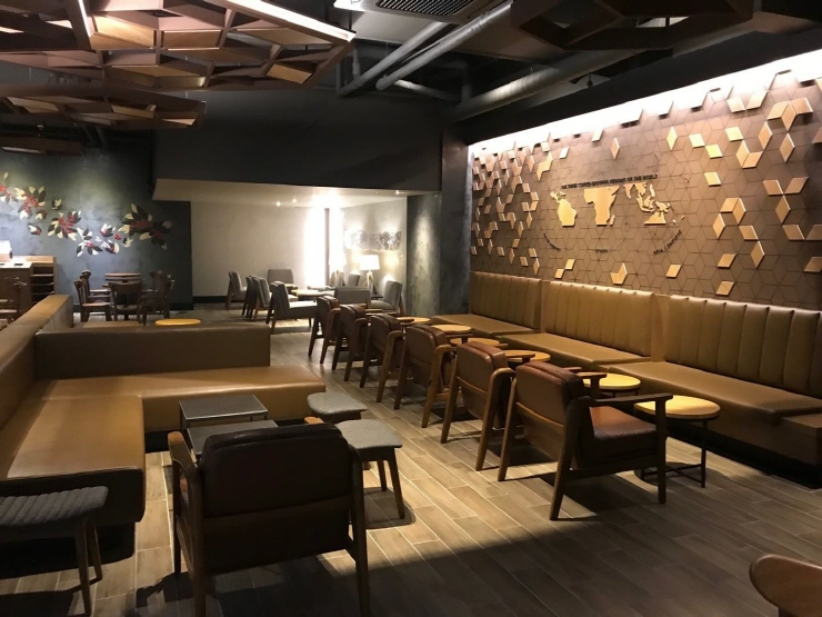 Starbucks Korea's Noryangjin Station store. (image: Starbucks Korea)