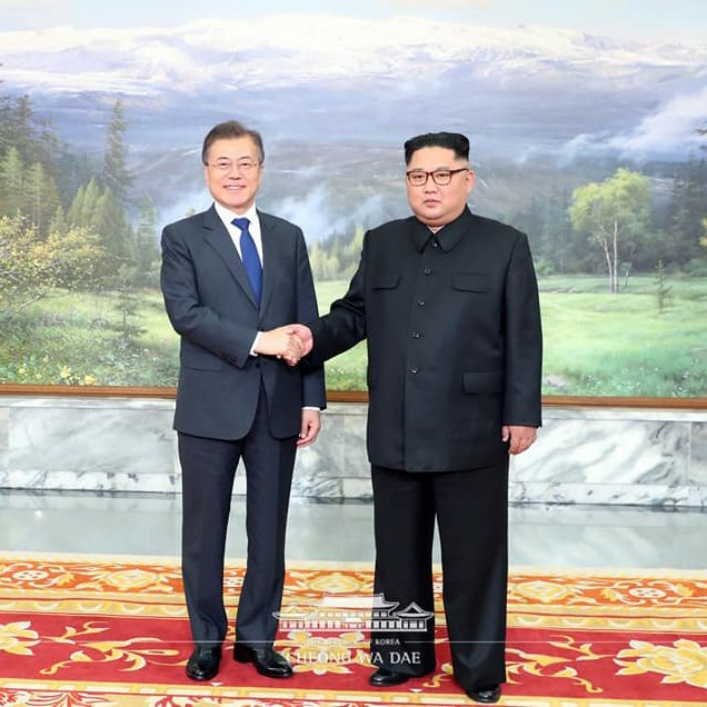 The two leaders embraced each other before parting after their second summit, possibly indicating a successful outcome for the talks widely expected to have focused on the U.S.-North Korea summit. (Image courtesy of Blue House)