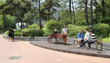 "Seocho District Opens ""Mozart Promenade"" at Yangjae Station"