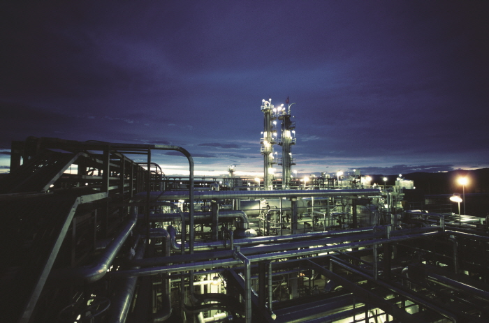 Siluria Technologies OCM technology enables the crude oil to chemicals process. (image: Siluria Technologies)
