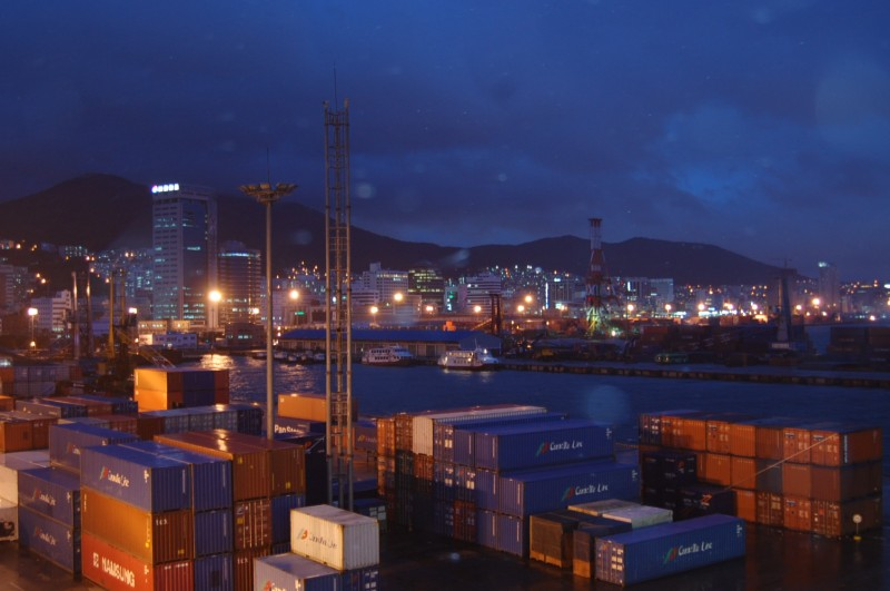 Korea's Trade Surplus with U.S. and China Falls