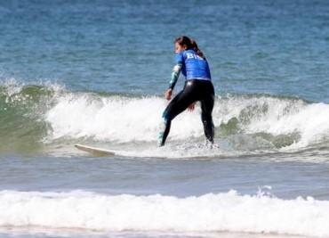 Mallipo Beach: Surfing Paradise