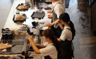 Over 1 in 5 Part-timers Paid Below Minimum Wage: Poll