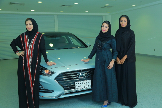Hyundai Launches Program Targeting Female Drivers in Saudi Arabia