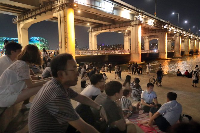 Seoul's Nighttime Lows Hit Record amid Heat Wave