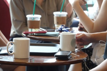 S. Korea Aims for 'Zero' Use of Plastic Cups, Straws at Coffee Shops by 2027
