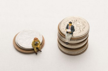 Half of All Savings in S. Korea Held by Top 1 pct
