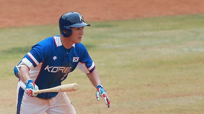 Korean national baseball team infielder Oh Ji-hwan playing in the Jakarta Palembang 2018 Asian Games (image: yonhap)