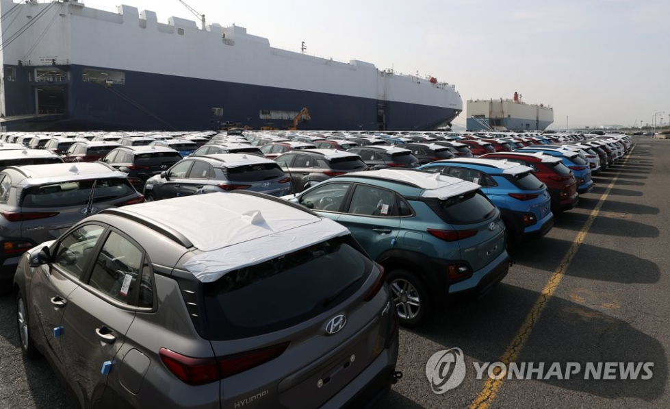 The industry insider went onto state that the mention of the issue by President Moon at a summit meeting in itself was significant because it implied the Korean government had a keen interest in the issues surrounding the car industry. (Image courtesy of Yonhap)