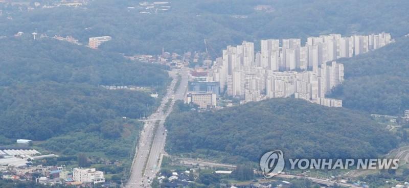 Seoul Gov't, MOLIT at Odds over Green Belt Sanctions
