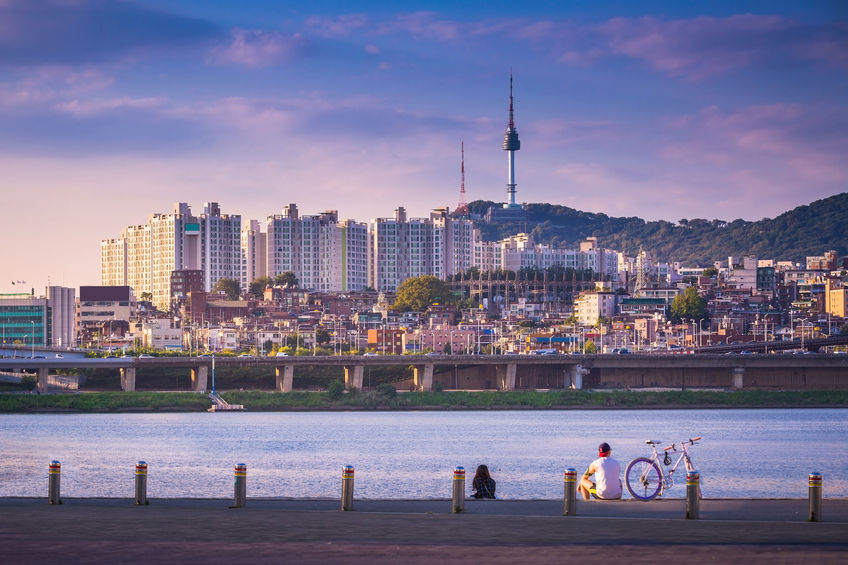 According to the Worldwide Cost of Living 2018 report published by the Economist Intelligence Unit (EIU) on Monday, Seoul shared seventh place with New York and Copenhagen, Denmark, among 133 cities surveyed. (Image credit: Kobiz Media/Korea Bizwire)