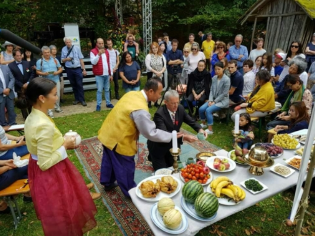 Chuseok Celebrations Held in Neuchâtel of Switzerland | Be