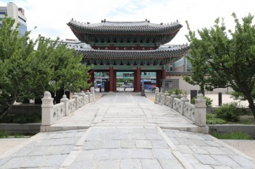 Changgyeong Palace to Stay Open at Night Starting Next Year