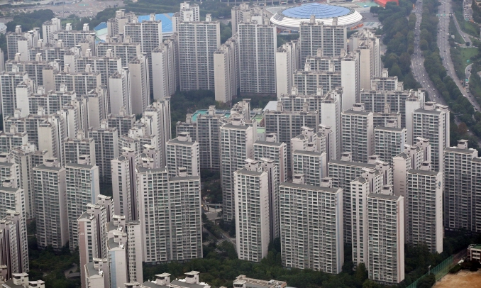 Real estate property accounted on average for 51.3 percent of the total assets of South Korean households. (image: Yonhap)