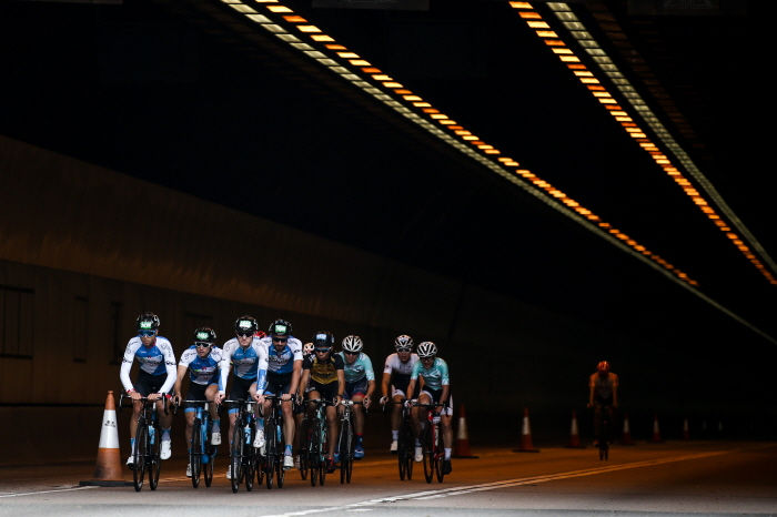 Cyclists participate in a race during the 2018 Hong Kong Cyclothon on October 14, 2018 in Hong Kong, Hong Kong. The event attracted a total of over 5400 athletes this year to participate in eight different cycling rides and activities. (image: Hong Kong Tourism Board)