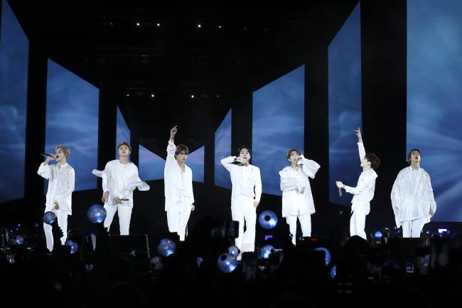 More Ticket Scalpers Sponge Off Thriving K-pop Industry