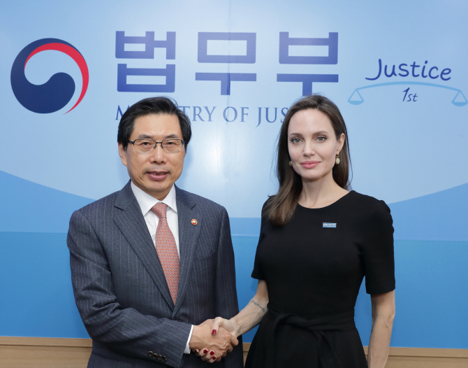 UNHCR Special Envoy Angelina Jolie Calls for Lasting Support for Yemenis