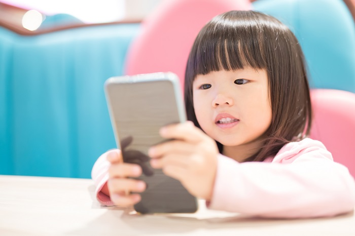 Study Shows 6 Out of 10 Toddlers Use Smartphones