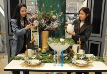 Retailers Cash In on Popularity of Year-end Parties