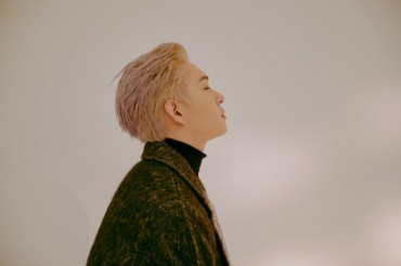 BTOB's Lee Chang-sub Talks About 'Bohemian Rhapsody,' Solo Album Ahead of Military Duty