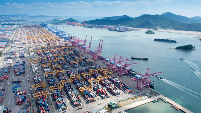 S. Korean Shippers Lose Ground at Port of Busan