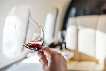VistaJet Launches the First Global Program for Wine in the Air