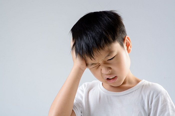 Korean children and teenagers typically experience headaches from an early age. (image: Korea Bizwire)