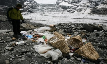 S. Korea Creating a Waste Management Framework in the Himalayas