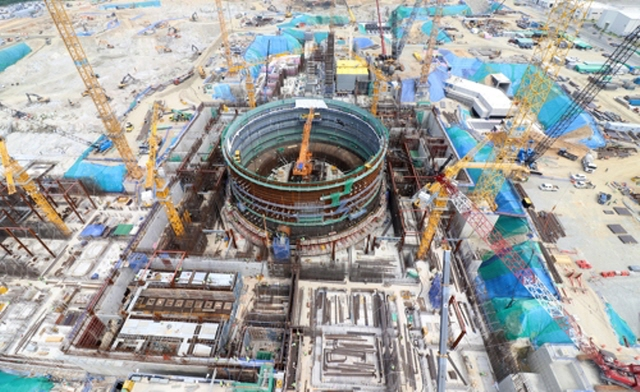Construction of Nuclear Reactors Delayed over New Labor Law